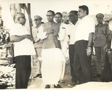04-1 Minister S Prasad-1