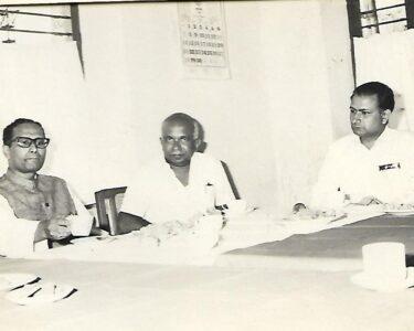 04-1 Minister S Prasad-2